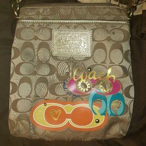 3 Coach bags